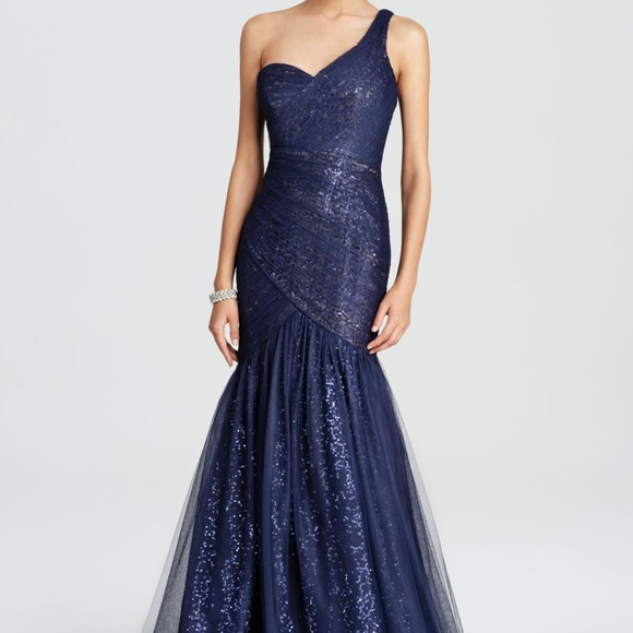 Monique Lhuillier Dresses | Monique Lhullier One Shoulder Navy Tulle ...